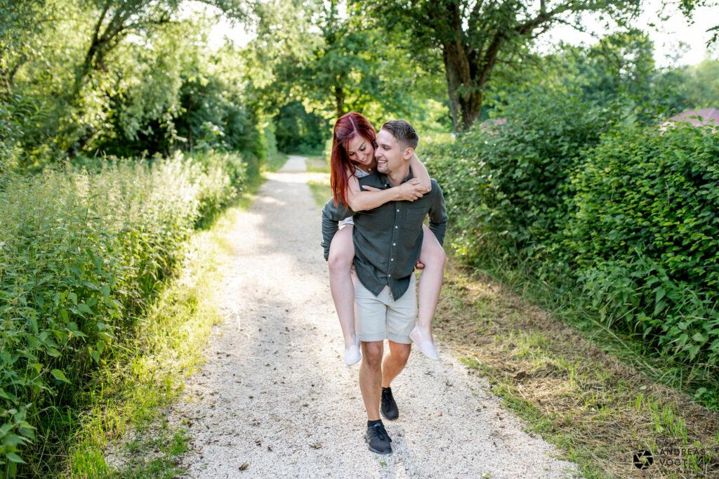 Pärchenfotos mit Anna-Lena und Lukas am Itzelbergersee - Andreas Vogt Fotograf aus Aalen